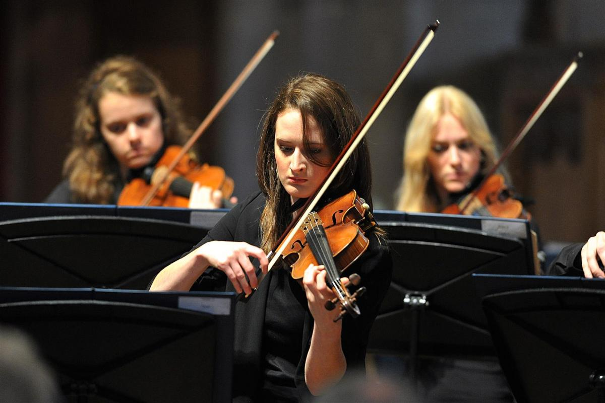 Eve Kennedy, violin performing at St John's Kirk Perth, September 2013
