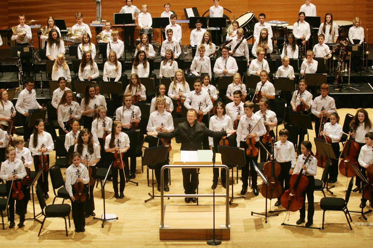 Conductor Roland Kieft taking his bow at Perth Concert Hall in July 2014