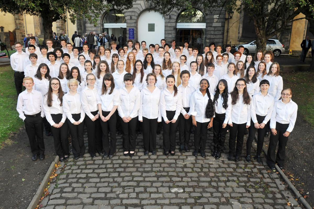 Group shot outside Greyfrairs Kirk after an utterly outstanding performance
