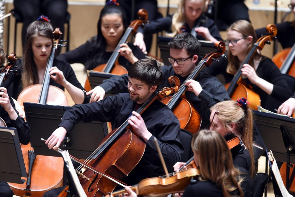 NYOS Symphony Orchestra, 'happy cellos' at City Halls, Glasgow 9/4/16