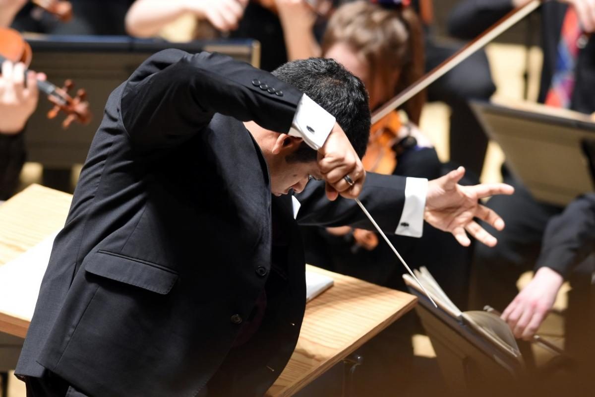 Conductor Alpesh Chauhan with NYOS Symphony Orchestra at City Halls, Glasgow 9/4/16