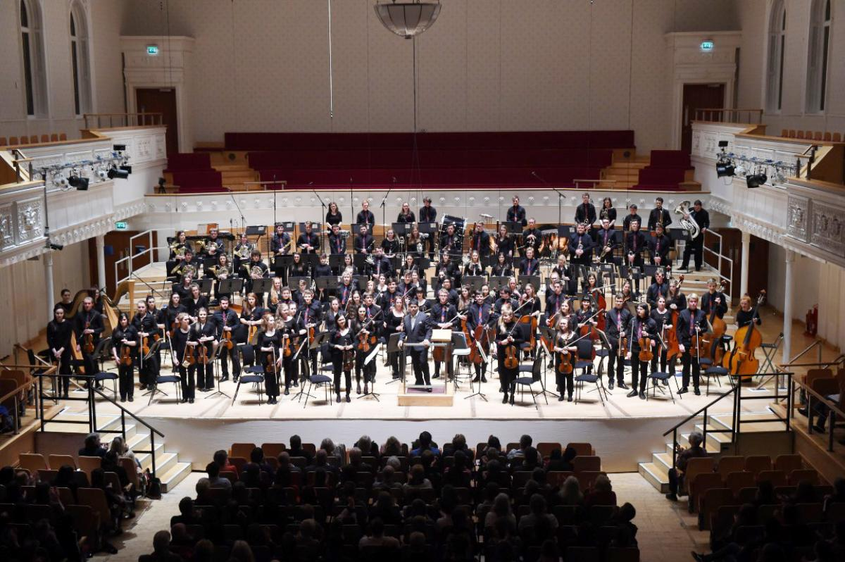 NYOS Symphony Orchestra, final bow at City Halls, Glasgow 9/4/16